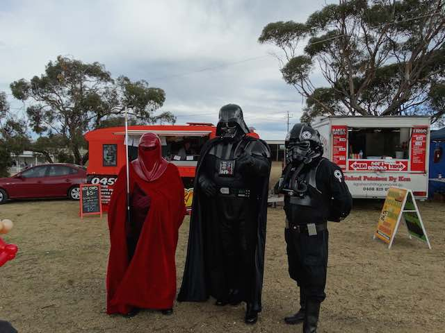 Diggetys-Hot-Dogs-event-Game-Obsession-Expo-Adelaide4